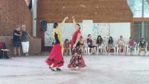 Andrea és Zsófi flamencot táncol (Fotó: Nyári Pál)